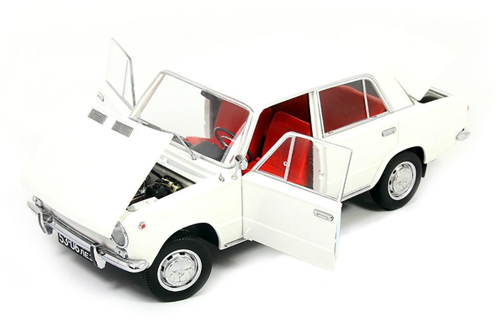 IST Models VVM1804 1:18 LADA 1200 VAZ 2101 USSR CAR 1971 WHITE LIMITED EDITION 5
